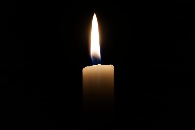 Beratungsgespräch für Ihre Trauerfeier, Bestattung, Abschiednahme.