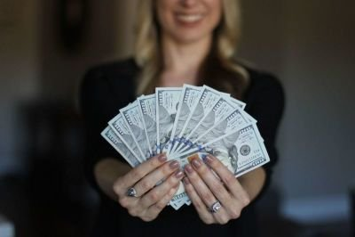 Get Paid To Be Social: Plus Receive Grocery, Prescription & Restaurant Discounts :)