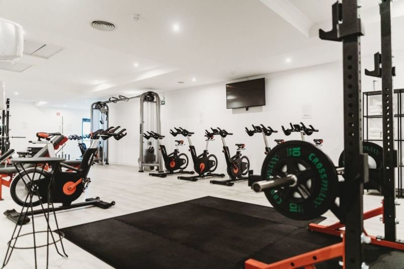 FITNESS CLEANING