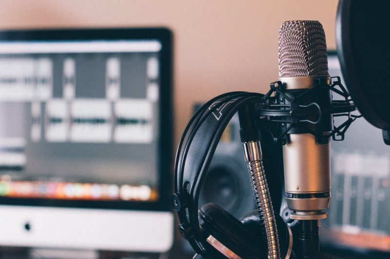 Livestream/Podcast
