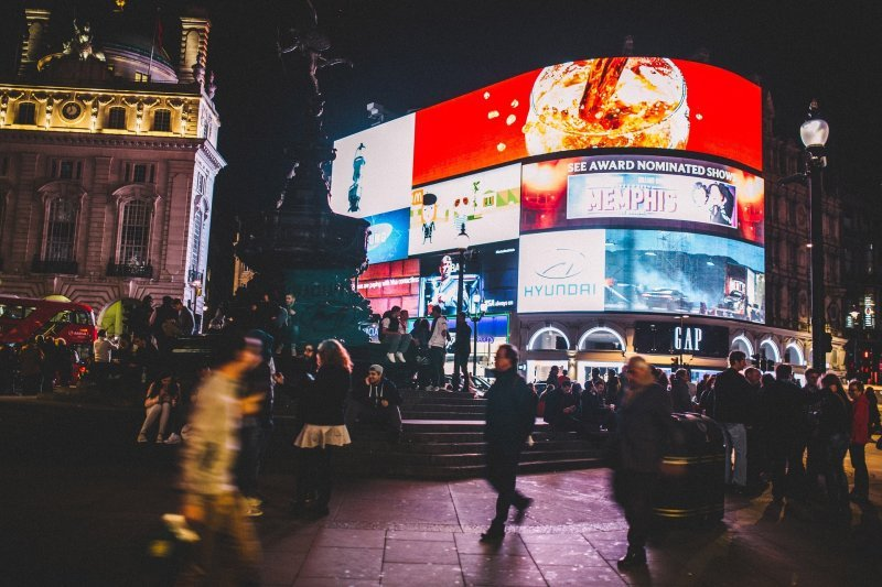 Piccadilly Circus, Chinatown and Leicester Square Private Virtual Tour