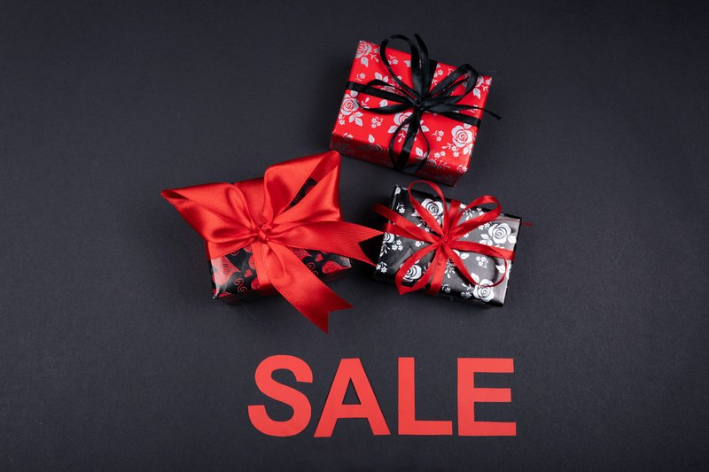 SWEETHEART DEALS - VALENTINE'S DAY SPECIAL