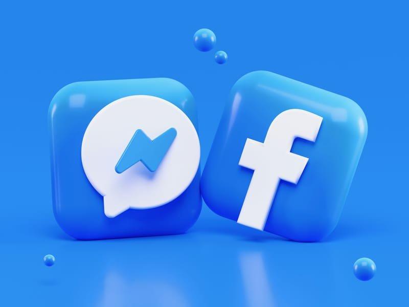 اعلان فيس بوك