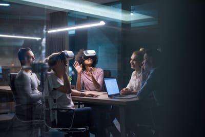 השכרת עמדות/ערכות מציאות מדומה