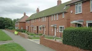 UK Social Housing Potential Benefits & UK Carbon Reduction Opportunity