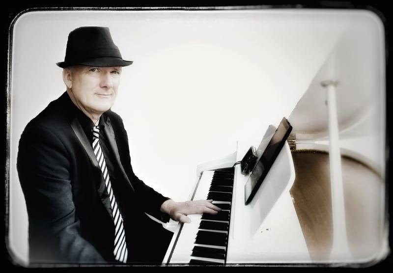 RICH VIC Pianiste  pour ambiance piano-bar