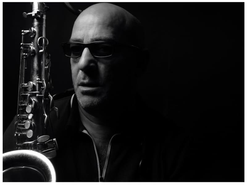 BRU BARK, saxophoniste