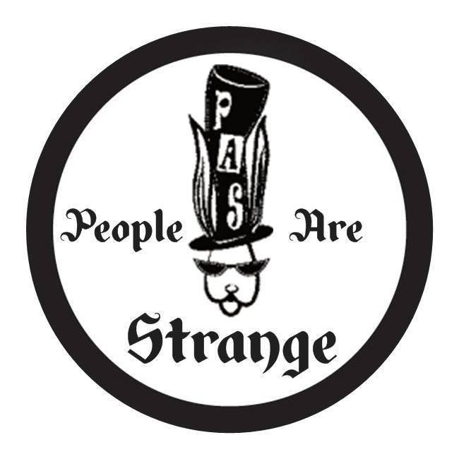 PEOPLE ARE STRANGE, duo reprises françaises et anglaises