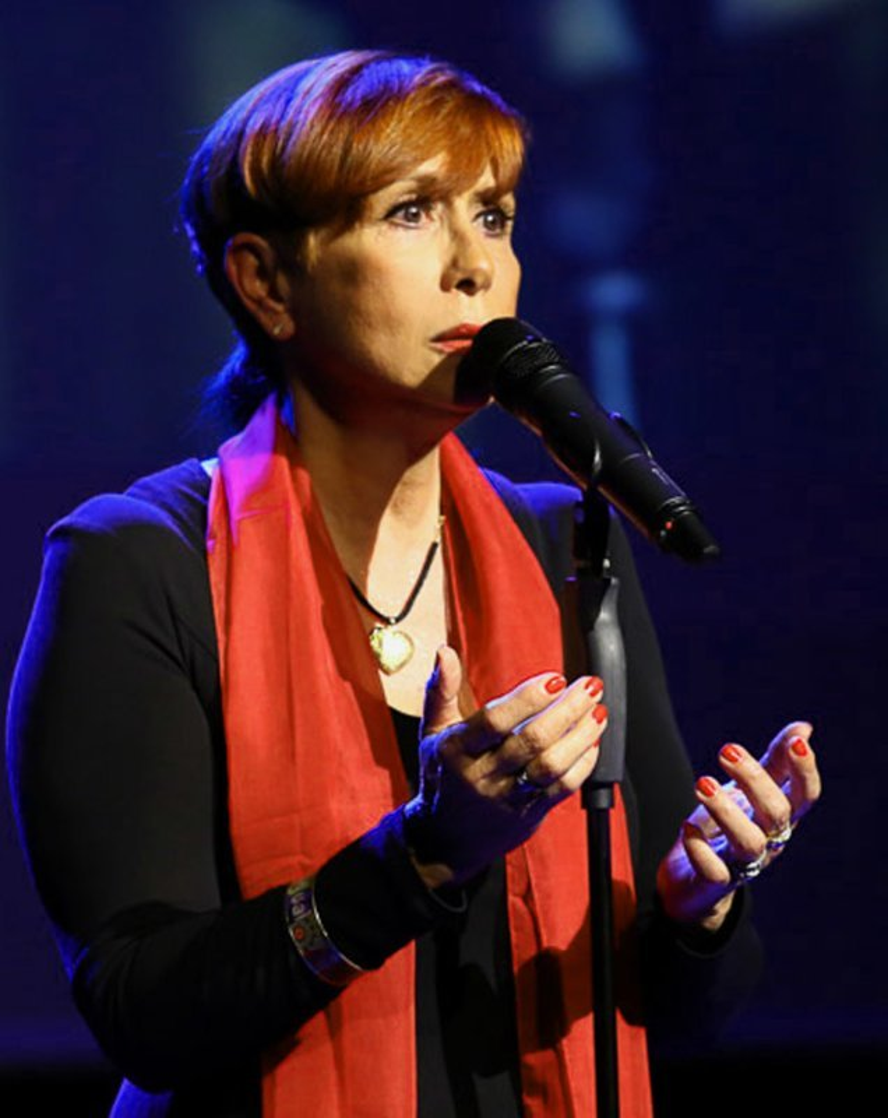 DELPH MA,solo, duo, trio, variété, lyrique, jazz, chant  corse, Barbara, Edith Piaf