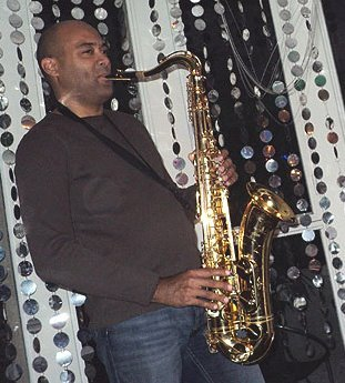 JACKS SAX solo, duo et en groupe. Jazz, latin, pop, variétés, lounge.