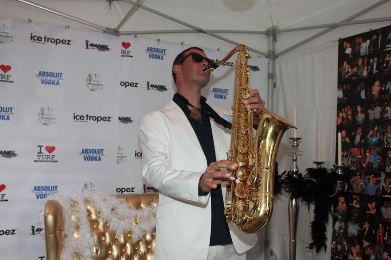 FONK saxophoniste