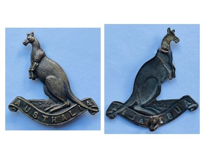 Australian Squadron Other Ranks' Headdress Badge - Copy