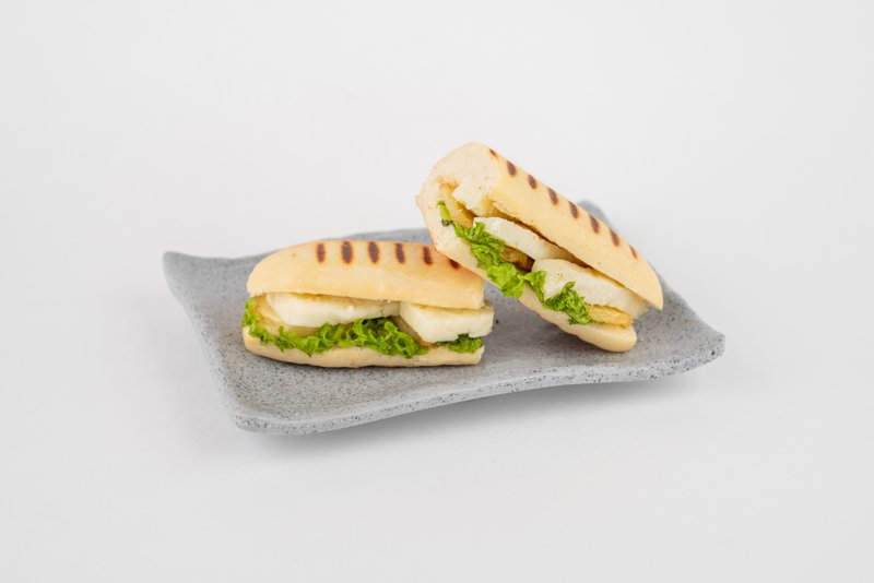 ساندوتش حلوم بالبطاطس