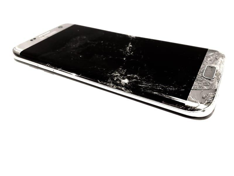 Priser på reparasjon av Samsung-mobiler