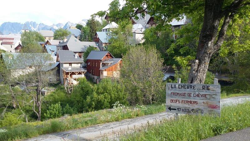 """""""Les Villages Perchés"""" Villard Reculas"""