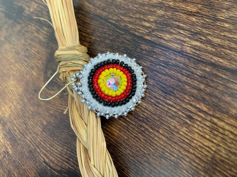 Traditional Beading (Beginner level, small earring)