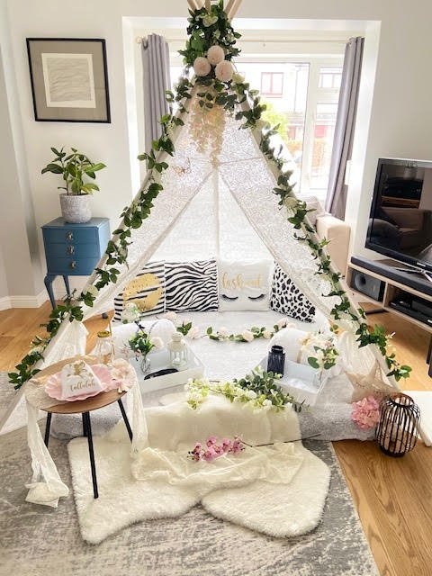 DOUBLE LACE TEEPEE