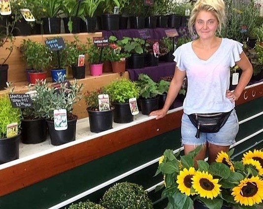 Jenny's Plants & Garden Supplies
