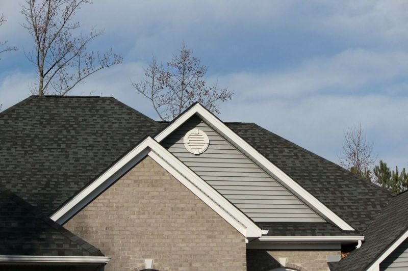 WHY CHOOSE PREMIUM COMMERCIAL ROOFING LLC.