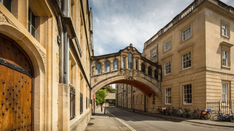 Oxford and Blenheim Palace Private Car Tour