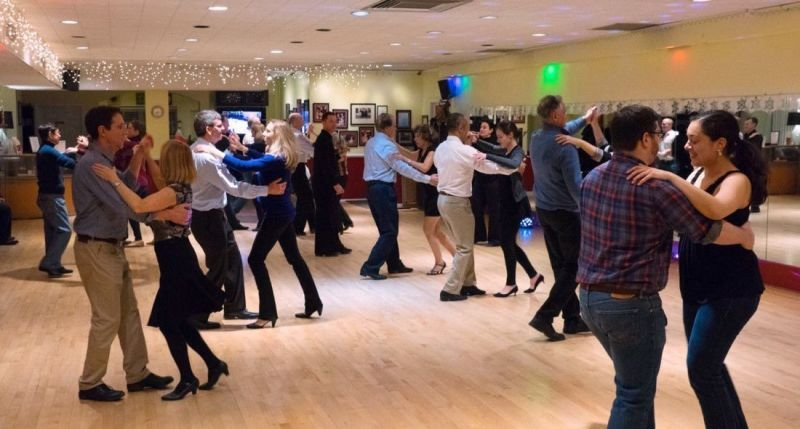 Ballroom and Latin group classes for adults
