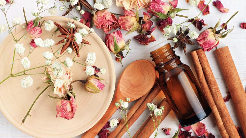 European Aromatherapy Face Massage