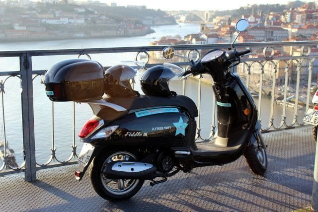 Sardinhas Scooter Rental