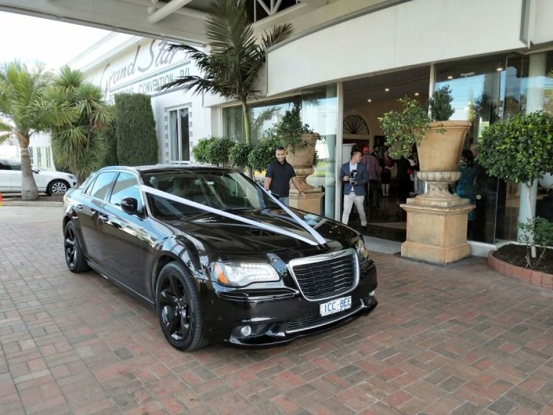 Wedding Car Hire - Chauffeured Cars Melbourne