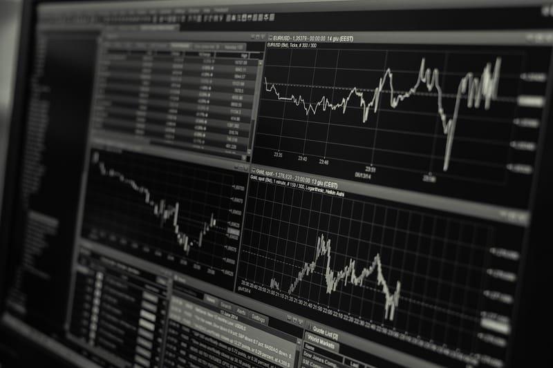 שוק ההון וניהול תיקי השקעות