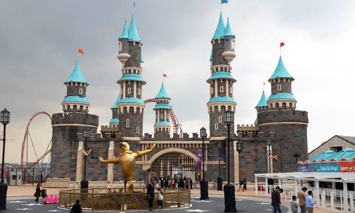 مدينة الالعاب فيا لاند في اسطنبول