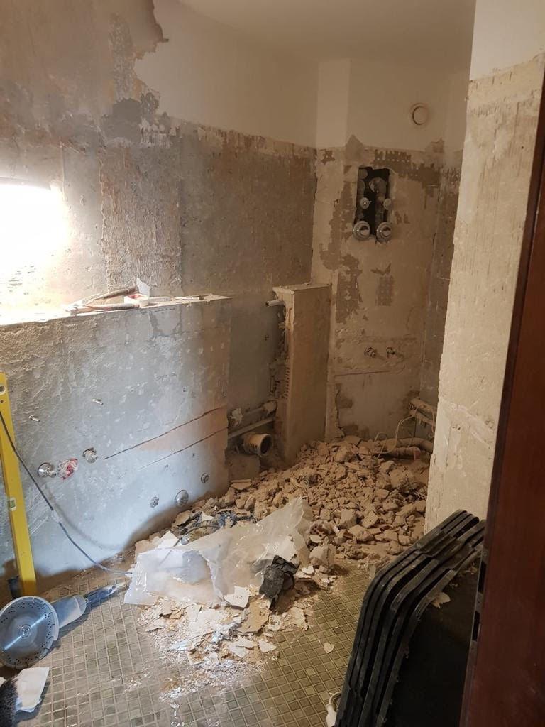 Wände, Decken und Geländer