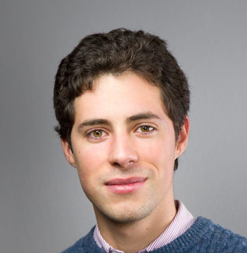 Dr. D. Alejandro González