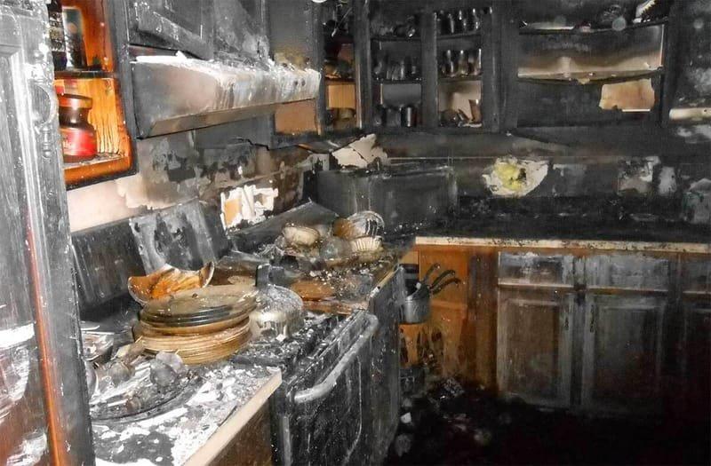 شركة تنظيف المباني من آثار الحرائق