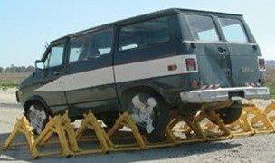 Lightweight, Moveable & Modular Vehicle Barrier
