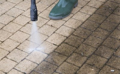 jet washing service in Barnsley & other surrounding areas..