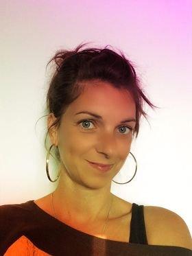 Emilie Hénault