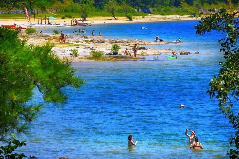 Revel et le Lac de Saint Ferréol