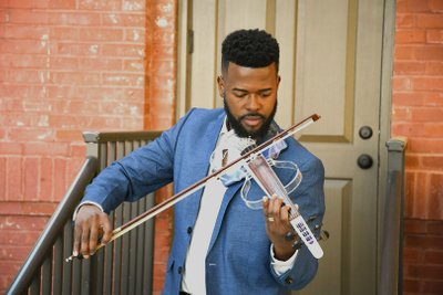 5-String Electric Violinist