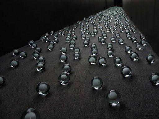 Curare l'arte contemporanea – la mostra di opere in vetro