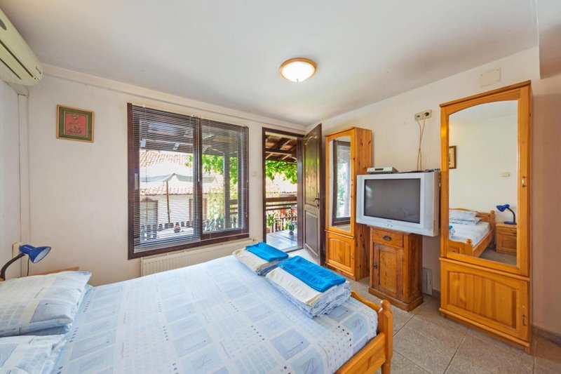 Double Room with kitchenette and Private Bathroom