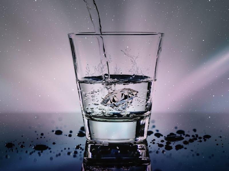 ליווי צום מים