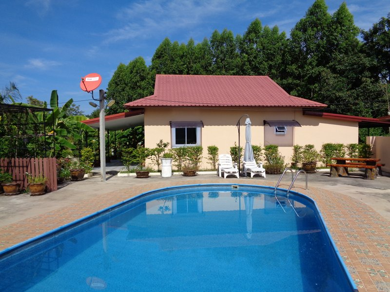 Thailand pool Builder at good prices