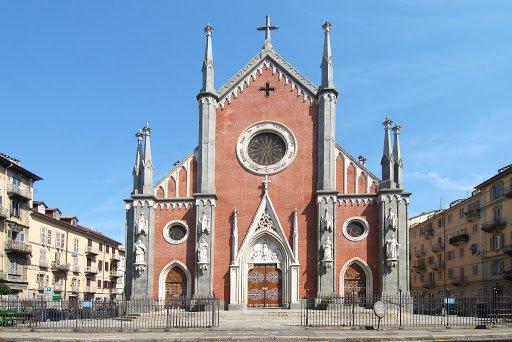 La cerimonia si terrà alle ore 11:00 nella Chiesa di Santa Giulia a Torino.