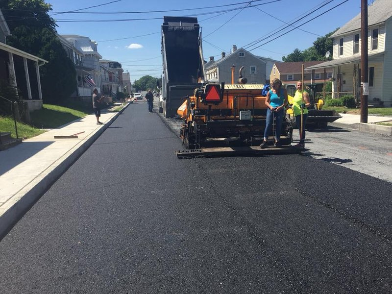 Asphalt road renovations for private homes and commercial centers