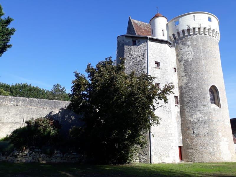 Le château et ses extérieurs