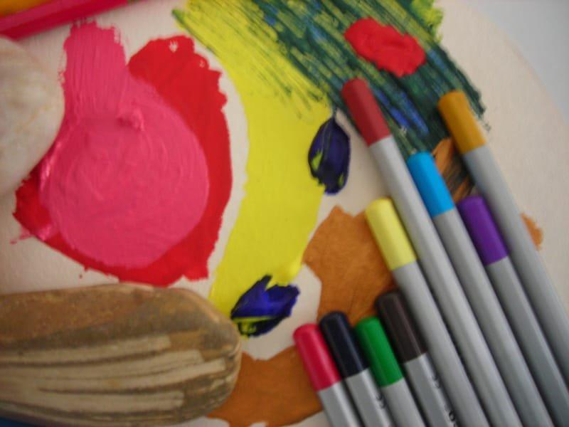טיפול באמנות פרטני לילדים  ולילדות  -  לנערים  ולנערות