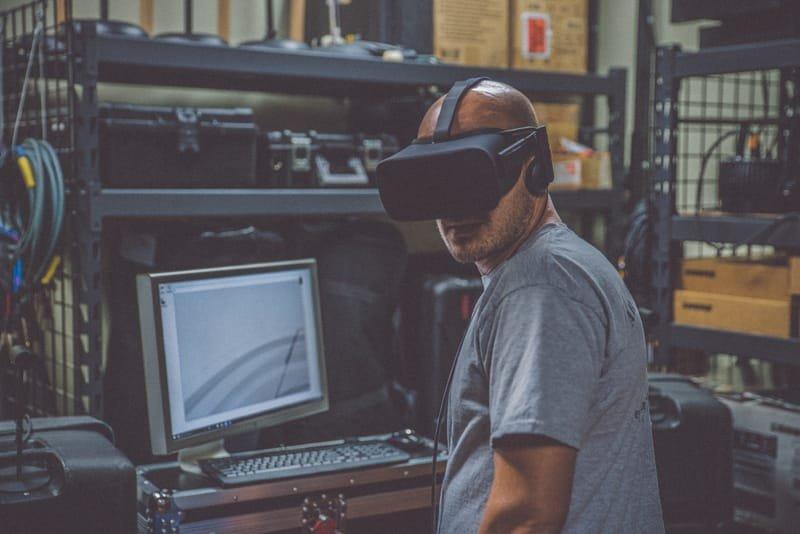 פיתוח תוכן במציאות מדומה ורבודה