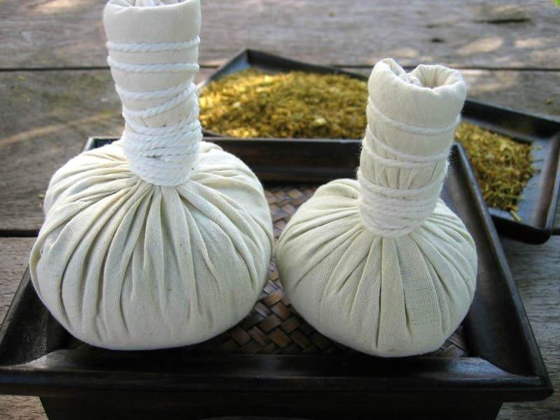 Thai Herbs Massage